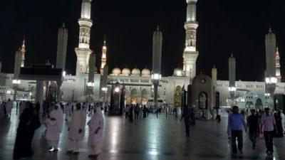 メディナのモスク ナバウイ